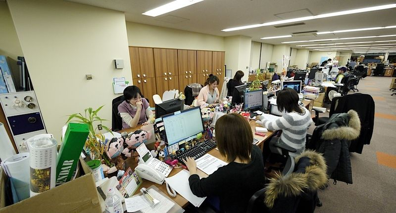 good_smile_company_offices_ladies